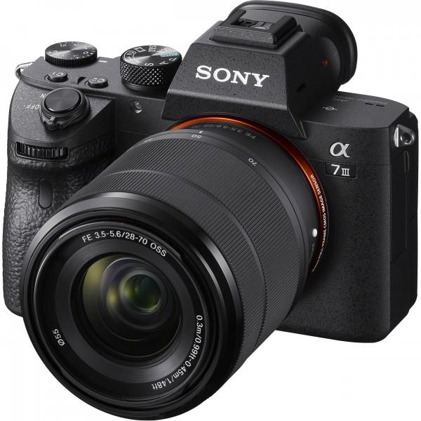 Sony A7 III Kit 28-70mm-abzgl. 200.- Zubehör GU,abzgl. 300.- CashBack,CH Garantie