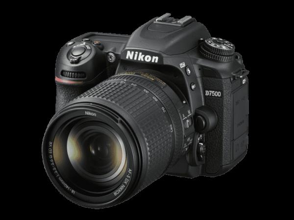 Nikon D7500+18-140mm ED VR-3 J. Gar.